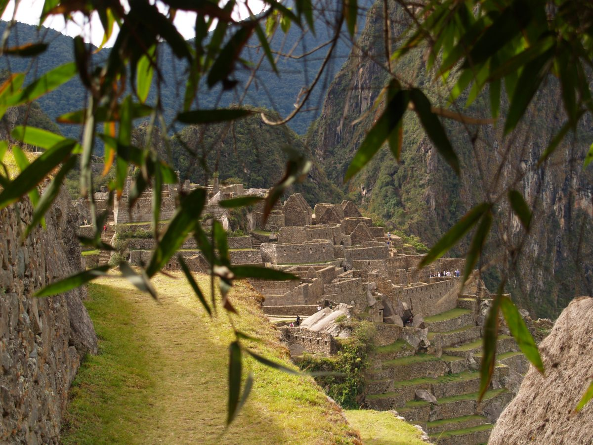 Machu Picchu Rescue, Hollow Earth Mantids & The Consciousness Shift